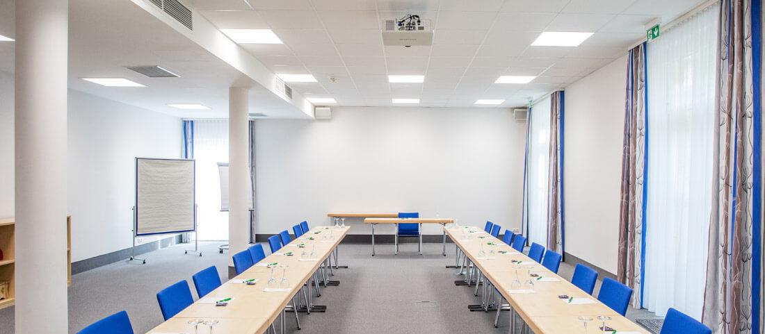 Die perfekte LED-Beleuchtung für den Konferenzraum - SARO-lux.de