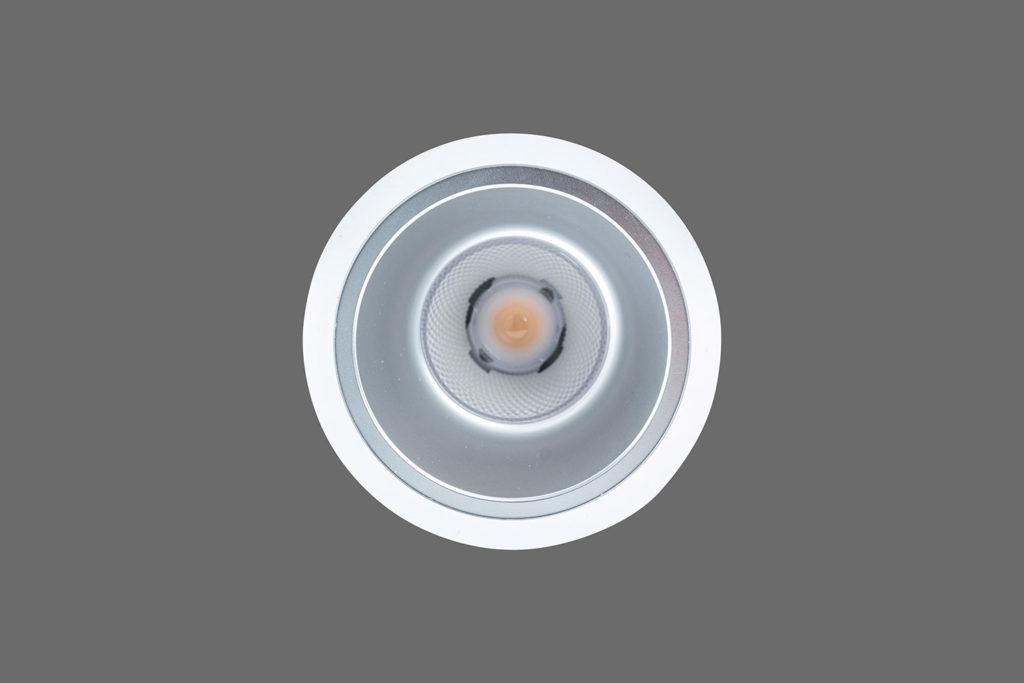 Unio 610 LED Einbau-Downlight von unten