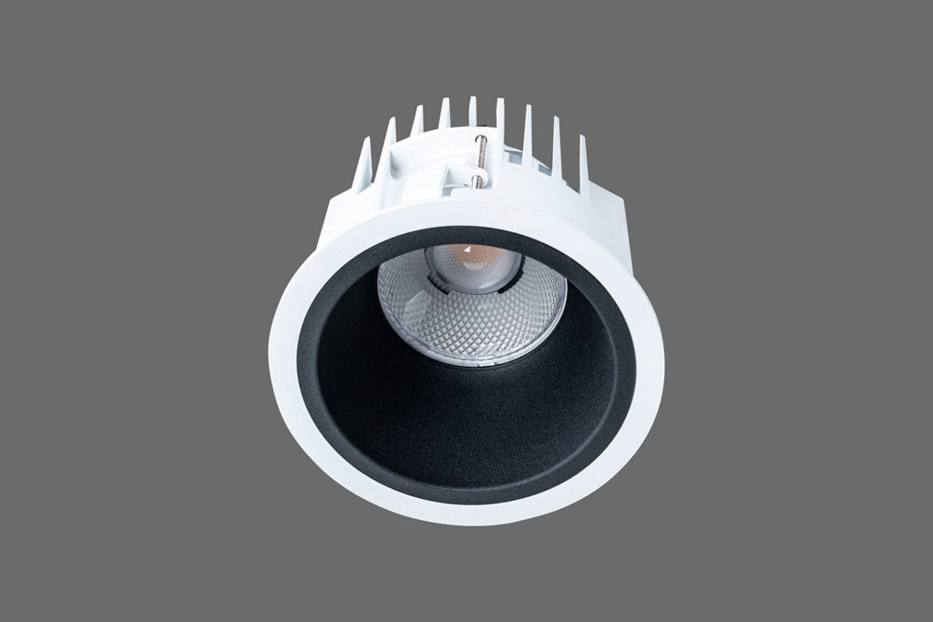 Unio 610 LED Einbau-Downlight schwarzem Reflektor